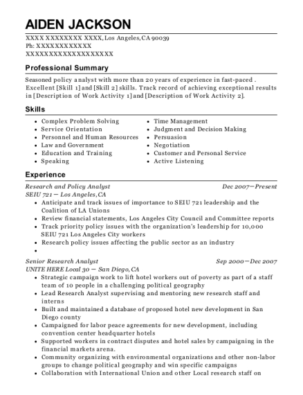 research analyst resumes